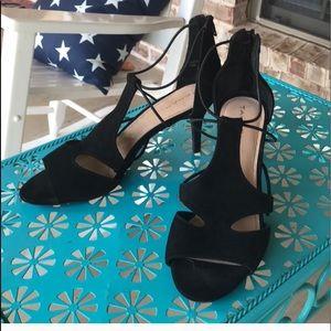 Sz 10 Tahara Dara Black Suede Peep Toe Heels